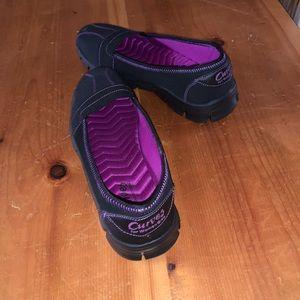 Curves shoes. 8.5